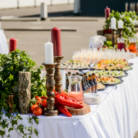 Baltā galdauta svētki